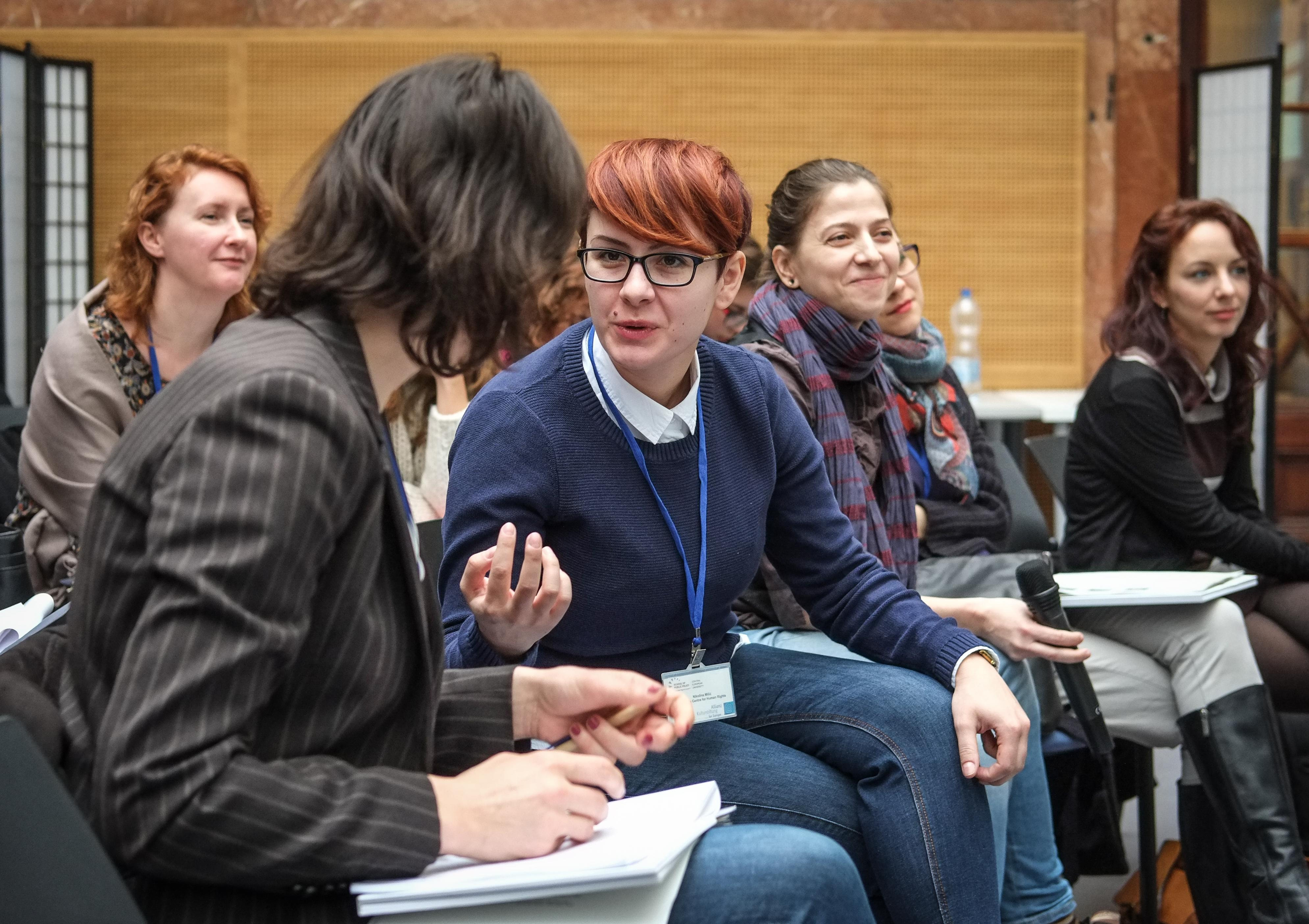 Participants discuss refugee aid in Central and Eastern Europe at the School of Public Policy at CEU. Photo: SPP/Stefan Roch